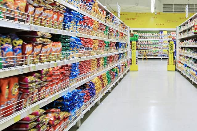 supermarket_inside_2015